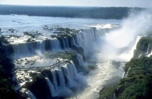 IguazuFalls02
