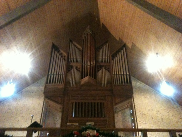 The organ I get to play today. St. Luke's Lutheran, Richardson, TX