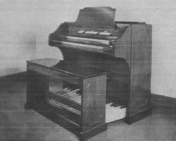 My first organ memories - Baldwin Model 5